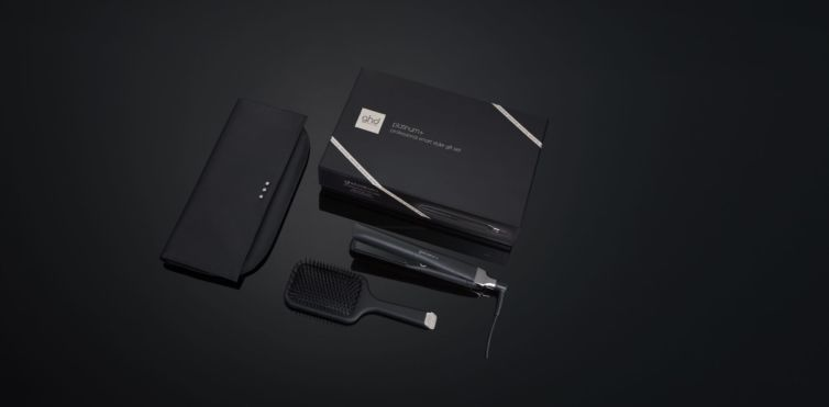 GHD Platinum Plus Gift Set